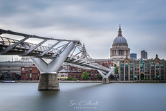 St Paul (Iván Calamonte) Tags: london uk greatbritain britain england millenniumbridge stpaul cathedral architecture longexposure clouds nubes fotoludica river thames tamesis río city londres mood travel tourism cityscape skyscape sky beautiful bridge reino unido exposición exposure nd filter gobe ngc brexit