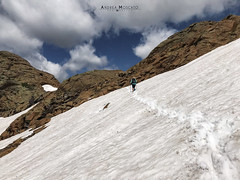Passo della Rossa - Parco Naturale Alpe Devero (Italy) (Andrea Moscato) Tags: andreamoscato italia mountain montagna landscape light luce paesaggio parco park sky shadow cielo clouds nature natura nuvole natural naturale view vista vivid blue white day snow alpi alps valle valley vallata ice stones rock hiking trail trekking panorama sentiero girl people walk elitegalleryaoi bestcapturesaoi aoi