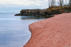 Pinky Peachy Beach (WOODSHED Revisited) Tags: ionasbeach scientific natural area sna minnesota minn mn two harbors lake superior coast shore twin points resort lakeshore waves rhyolite felsite singing hotel cabin rocks boulders ancient lava flow precambrian historic iona lind john donate donation pink peach