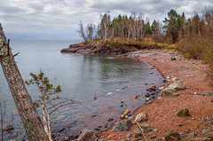 Between a Rock and a Hard Place (WOODSHED Revisited) Tags: ionasbeach scientific natural area sna minnesota minn mn two harbors lake superior coast shore twin points resort lakeshore waves rhyolite felsite singing hotel cabin rocks boulders ancient lava flow precambrian historic iona lind john donate donation pink peach