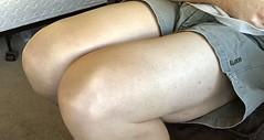 IMG_1379 (guythigh) Tags: legs leg leggy thighs thigh knees knee
