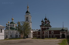 Temples of the Epiphany Monastery (Lyutik966) Tags: monastery temple church belltower dome religion orthodoxybuilding window complex uglich russia