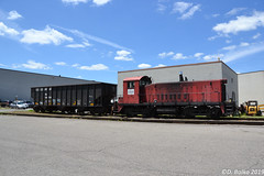 LIT 8705 EMD SW900 (Trucks, Buses, & Trains by granitefan713) Tags: emd emdsw900 sw900 switcher industrial industrialpark industrialswitcher electo motive railroad railfan locomotive