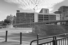 Glasgow Julio 2018_088 (c a r a p i e s) Tags: carapies cityscapes 2018 uk scotland glasgow nikond700 blancoynegro bw blackwhite architecture arquitectura fotografiaurbana urban urbanphotography urbanidad urbvanidad urbvanity urbanphoto streetphoto streetlife streetphotography