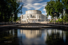 Opierny Teatr (pietkagab) Tags: theatre minsk belarus belarusian building architecture soviet water reflection reflections fountain park longexposure city trees clouds pietkagab photography piotrgaborek sonya7 10stop nd opera travel trip tourism sightseeing adventure