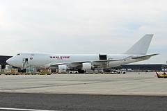 B747-4.N712CK (Airliners) Tags: kalitta kalittaair 747 b747 b747f b7474 b747400 b747400f b7474b5f boeing boeing747 boeing7474 boeing747400 boeing7474b5f jal jalsticker japanairlinessticker sticker cargo freighter iad n712ck 8519