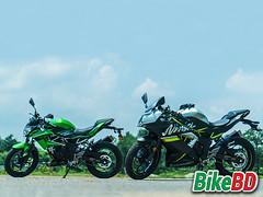 Kawasaki Ninja vs Kawasaki Z125 (bike_bd) Tags: bikebd bike bangladesh