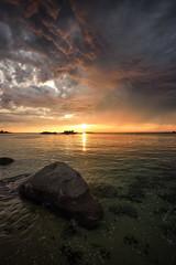 stormy sunset (Francois Le Rumeur) Tags: susnet storm cirro cumulus kerfissien brittany france coucherdesoleil sea seascpe landscape paysage nuageux nuage cloud cloudy sunny sun averse shower nikon 4k d810 1635