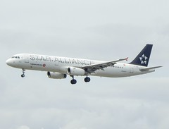 Turkish Airlines (Star Alliance Livery) Airbus A321-231 TC-JRS (josh83680) Tags: manchesterairport manchester airport man egcc tcjrs airbus airbusa321231 a321231 airbusa321200 a321200 star alliance livery staralliance staralliancelivery turkishairlines turkish airlines