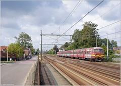NMBS AM 815, Roosendaal (Tiemen Schenk) Tags: am belgie trein 815 roosendaal nmbs ms75 sncb varkensneus ltrein
