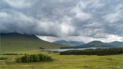 Oly_6180146 (calpha19) Tags: imagesvoyagesphotography adobephotoshoplightroom olympusomdem1mkii em1mkll zuiko ed1260swd voyage roadtripinscotland ecosse scotland juin 2019 landscapes paysages glenetive glencoe vallée river etive torrent montagne nature nationalgéographic ngc flickrsexplore explorez waterfall cascades bridge finnishglen carnockburn devilspulpit