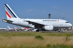 F-GUGP, Airbus A318-111, c/n 2967, AF-AFR-Air France, CDG/LFPG 2019-07-06, taxiway Alpha-Loop. (alaindurandpatrick) Tags: af afr airfrance airlines fgugp cn2967 a318 a318100 a318111 airbus airbusa318 airbusa318100 airbusa318111 jetliners airliners nanobus cdg lfpg parisroissycdg airports aviationphotography