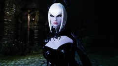 Edina Ferwind (XMymy007X) Tags: skyrim enb tesv lady sexy latex black
