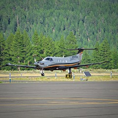 2017 Pilatus PC-12/47E N545DB c/n 1740 taxiing at Truckee Airport California 2019. (17crossfeed) Tags: claytoneddy 17crossfeed aviation airplane aircraft plane planespotting flying flight takeoff landing pilatus truckeeairport pc12 pc1247e n545db 1740