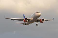 SK1507 CPH-LHR (A380spotter) Tags: approach arrival landing finals shortfinals threshold belly airbus a320 200n a320neo™ newengineoption cfminternational cfmi leap leap1a leap1a26 turbofan engine powerplant sharklets™ sharklets sharklet™ sharklet wingtipdevices wingtipdevice winglets winglet eisih imarviking sasscandinavianairlinesirelandltd szs sasscandinavianairlines sas sk sk1507 cphlhr runway27r 27r london heathrow egll