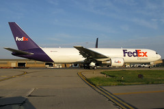 N114FE FedEx Express 767-3S2F(ER)at KCLE (GeorgeM757) Tags: n114fe fedexexpress federalexpress 7673s2fer aircraft aviation airplane airport boeing 767f cargo kcle clevelandhopkins georgem757 canon650is airfreight