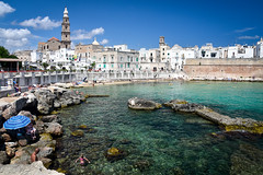 Cala Porta Vecchia - Monopoli (Valdy71) Tags: monopoli italy italia spiaggia beach sea seascape seaside travel puglia apulien cityscape water valdy nikon apulia