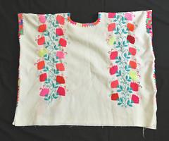 Zinacantan Chiapas Maya Huipil Mexico Textiles (Teyacapan) Tags: zinacantan mexican mayan vestimenta huipiles embroidery ropa clothing chiapas flowers
