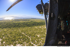 Vista H-36 Caracal (Força Aérea Brasileira - Página Oficial) Tags: 2018 ala ala12 buscaesalvamento caracal fab forcaaereabrasileira forçaaéreabrasileira fotobiancaviol h36 h36caracal helicoptero om orgaopublico rj restingadamarambaiarj riodejaneirorj sar unidadefederativa aeronave brazilianairforce içamento içamentodemaca maca mecânicodevoo militares operadordegancho resgate resgateiro treinamento