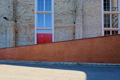 19070559 (felipe bosolito) Tags: geometry architecture red brick sky reflection blue sun tallinn fuji xpro2 xf1655 velvia
