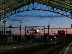 Gare de Lausanne (portemolitor) Tags: cantondevaud lausanne garedelausanne gare de cff sbb ffs