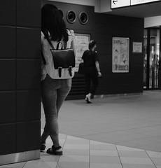 Waiting (Bill Morgan) Tags: fujifilm fuji xpro2 35mm f2 bw jpeg acros alienskin exposurex4