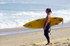 Ricardo Marroquim's yellow board (David B. - just passed the 7 million views. Thanks) Tags: 100400mm 100400 fe100400mm sonyfe100400mmf4556gmoss a6000 ilce6000 sonya6000 sonyilce6000 sonyalpha6000 mimizan beach sea mer landes aquitaine france sony 400mm plage waves wave surf surfing wetsuit girl girls woman feminine surfer surfgirl surfergirl bikini swimwear swimsuit thong sexy black pretty beautiful attractive beachlife beachbum beachbabe babe oneill