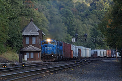 NS Who? (GLC 392) Tags: mg mid grade tower dwarf signal position light pl mountain east slope ns norfolk southern emd sd60i 6719 6720 conrail cr blue big quailty pa pennsylvania railroad railway train