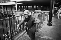 old yet strong (peaceblaster9) Tags: elderly vitality street sanfrancisco california blackandwhite bnw bw blackwhite monochrome 老人 元気 ストリート サンフランシスコ カリフォルニア モノクローム モノクロ 白黒 walk ricohgr gr gr3 grsnaps