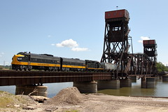 KJRY 1750 west in Peoria, Illinois on August 6, 2019. (soo6000) Tags: f9a kjry kjry1750 1750 coveredwagon illinoisriver transfer freight train railroad peoria illinois emd funit