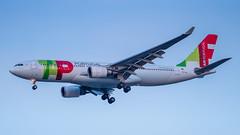 CS-TOQ (gankp) Tags: washingtondullesinternationalairport dulles iad arrivals cstoq tapairportugal lisbon