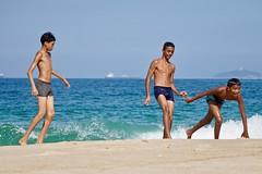 Happy children (alobos life) Tags: ball beach playa copacabana nice beautiful cute brazilians boys garotos rio de janeiro brasil brazil sunga