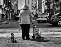 Man in Hat (ROSS HONG KONG) Tags: hat street streetphoto losangeles la downtown black white noir blanc monchrome monochrom leica noctilux 50mm 095 blackandwhite bw