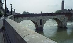Backlight (Paolo Levi) Tags: pontepietra roman bridge verona adige river minotar minox 35mm kodacolor backlight