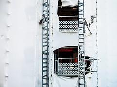 ScaffoldNote.jpg (Klaus Ressmann) Tags: omd em1 fparis france klausressmann winter cityscape constructionsite design flccity scaffolding omdem1