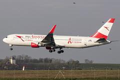OE-LAY   Austrian Airlines   Boeing B767-3Z9(ER)(WL)   CN 29867   Built 1998   VIE/LOWW 04/04/2019   ex EC-HVG, D-ABUV   decal - Life Ball - Know Your Status (Mick Planespotter) Tags: aircraft airport 2019 nik sharpenerpro3 spotter plane planespotter airplane aeroplane oelay austrian airlines boeing b7673z9erwl 29867 1998 vie loww 04042019 echvg dabuv lifeball b767 flight schwechat flughafen wien