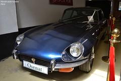 Jaguar Type E V12 Série 3 1971 (Monde-Auto Passion Photos) Tags: voiture vehicule auto automobile jaguar typee coupé bleu blue ancienne classique rare rareté vente enchère osenat france fontainebleau
