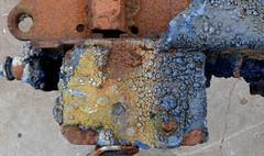 DSC_0777_Kopie (fritzenalg) Tags: farbe lackierer farbreste detail rost rust rusty verfall eisen metall oxidation