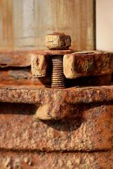 DSC_0771_Kopie (fritzenalg) Tags: rost schraube mutter gewinde rust rusty verfall eisen metall oxidation