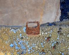 DSC_0779_Kopie (fritzenalg) Tags: farbe lackierer farbreste detail rost rust rusty verfall eisen metall oxidation