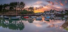 Le port de Doëlan (Soregral) Tags: mer paysage ocean ciel bateau cloud nuage port brittany boat bretagne leverdesoleil sunrise sea
