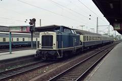 211 098 Bielefeld (A. Lippincott) Tags: db bahn train zug railway deutsche bundesbahn bielefeld nrw ostwestfalen baureihe 211 v100 sennebahn