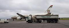 Arabian Sands. (Longreach - Jonathan McDonnell) Tags: boeing 777 7773 777300 etihadairways etihad volvo truck dublinairport eidw farrellyhaulage a6etq schmitz volvofh