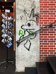 Crowned King (PixeLuz) Tags: frac besançon alainséchas stephenpowers blogger escalier cartespostales postcards présentoir brique marche
