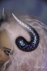 Snake horns with white holo tips SD (AnnaZu) Tags: white holo snake horns black sd feeple polymer clay handmade vesnushka props magnetic fairyland doll balljointed abjd bjd