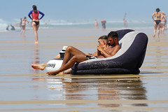 Relaxing on the beach (David B. - just passed the 7 million views. Thanks) Tags: 100400mm 100400 fe100400mm sonyfe100400mmf4556gmoss a6000 ilce6000 sonya6000 sonyilce6000 sonyalpha6000 mimizan beach sea mer landes aquitaine france sony 400mm plage waves wave