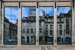 Besancon_Reflection (Lothar Heller) Tags: lotharheller besancon burgund city france frankreich reflecktion reflection reflektion stadt urban