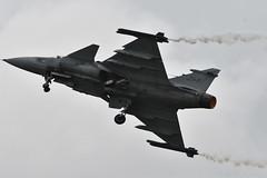 Saab JAS 39D Gripen (39268 / 268) (Bri_J) Tags: royalinternationalairtattoo airshow raffairford gloucestershire uk riat riat2019 fairford aircraft nikon d7500 saab jas39d gripen jet fighter flight smoke f7 swedishairforce 39268 268