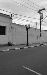 Street (Manuel Goncalves) Tags: berggerpancro400 analogue nikonfg20 nikkor28mm blackandwhite santos street brazil 35mmfilm epsonv500scanner