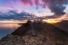 Golden Hour. (Pedro López Batista) Tags: fuerteventura lighthouse faro atardecer sunset canarias canaryislands canon irix irix15mm fullframe 6dmarkii tuineje rock cliff